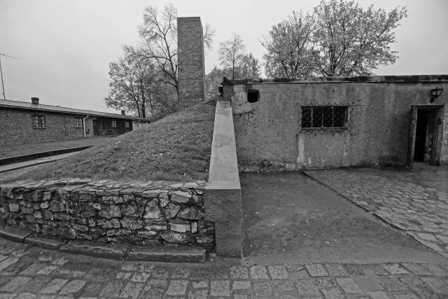 23_Auschwitz_2012