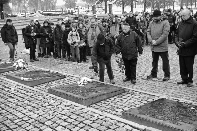 77_Auschwitz_2012